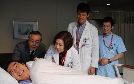 浅利陽介(DOCTORS3)